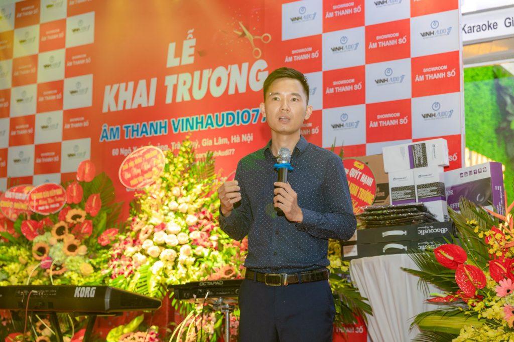 Anh Vinh Nguyễn phát biểu tại Lễ Khai trương Showroom