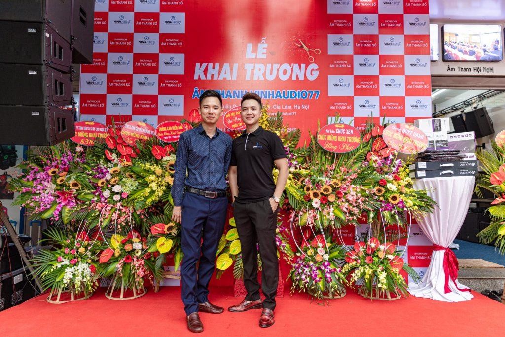 Anh Vinh Nguyễn (CEO) và cựu Trưởng phòng Kỹ thuật